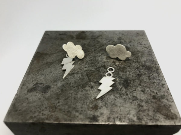 Pendientes Nube & Rayo. combina y crea tus propios pendientes.