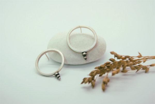 Pendientes circulo zen pertenecientes a la colección 'Zen'